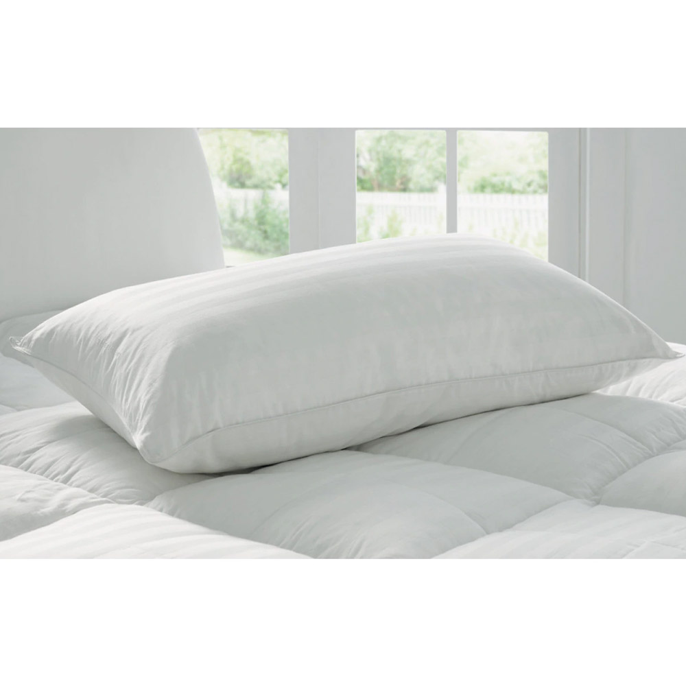 Sheridan Deluxe White Goose Feather and Down Latex Pillow