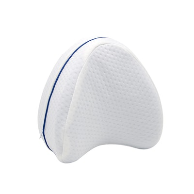 SleepLabs Orthopedic Tappered Memory Foam Leg Pillow Front