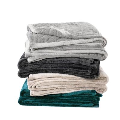 Bianca Mansfield Ultra Soft Luxurious Velvet Blanket