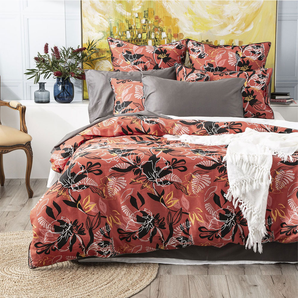 Renee Taylor Nora 300 Thread Count Cotton Quilt Cover Set