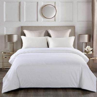 100% Luxurious Silk Quilt